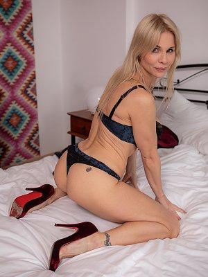 Hot Blonde Nadya Basinger Posing